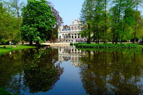 Parcs et jardins d 39 amsterdam le vondelpark for Jardin et parc 78